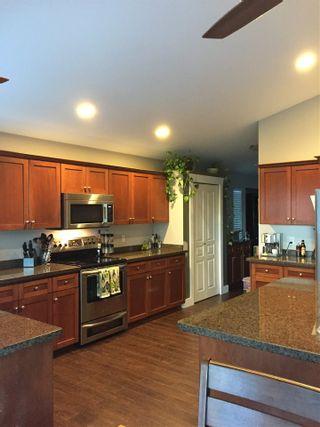 Photo 2: 10463 SLATFORD Street in Maple Ridge: Albion House for sale : MLS®# R2159423