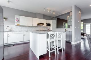 """Photo 4: 12 18828 69 Avenue in Surrey: Clayton Townhouse for sale in """"Starpoint"""" (Cloverdale)  : MLS®# R2332691"""