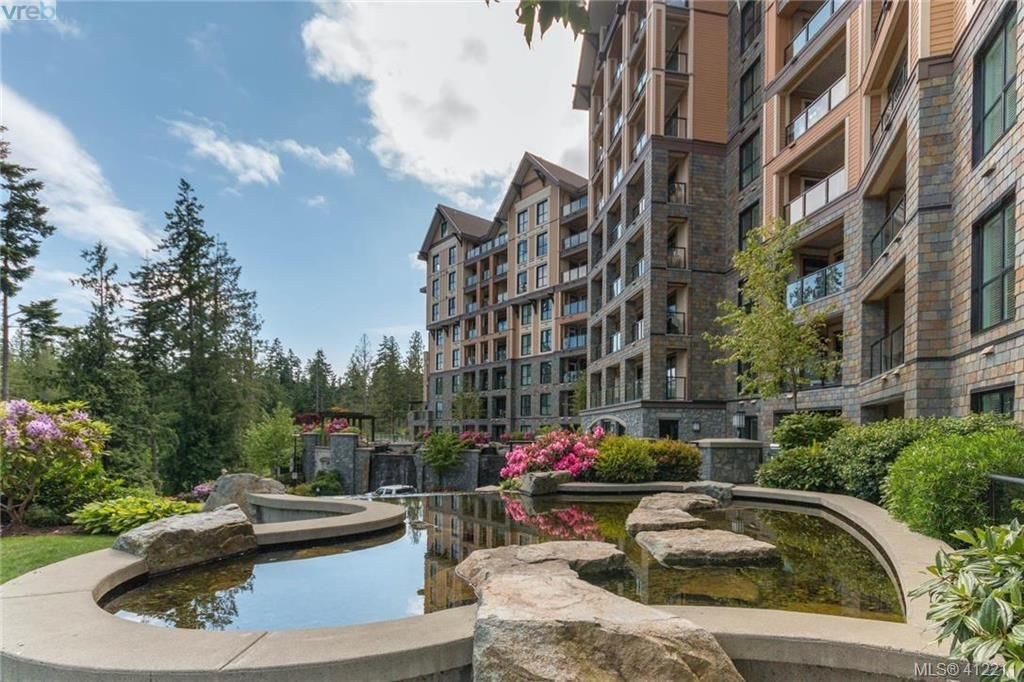 Main Photo: 108 1400 Lynburne Pl in VICTORIA: La Bear Mountain Condo for sale (Langford)  : MLS®# 817239