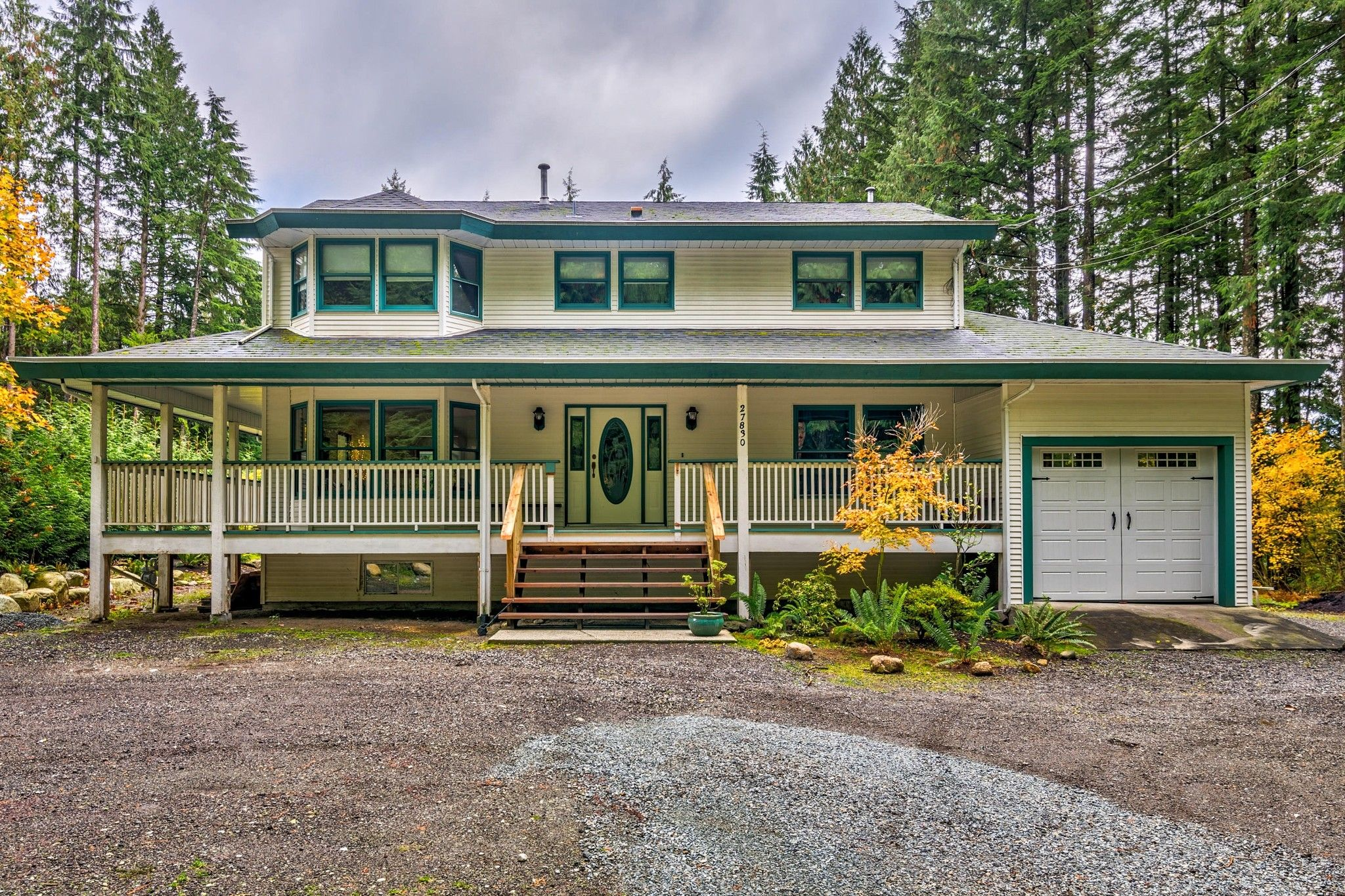 Photo 1: Photos: 27830 Laurel Place in Maple Ridge: Northeast House for sale : MLS®# R2415483