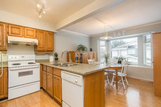 "Photo 6: 39 12331 PHOENIX Drive in Richmond: Steveston South Townhouse for sale in ""WESTWATER VILLAGE"" : MLS®# R2540578"
