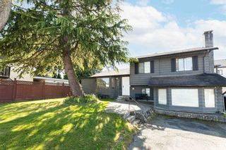 Photo 2: 7953 134A Street in Surrey: West Newton House for sale : MLS®# R2593974