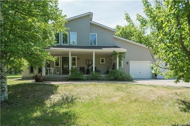 Photo 2: Photos: 28040 Hillside Road in Birds Hill: RM of Springfield Residential for sale (R04)  : MLS®# 1723179