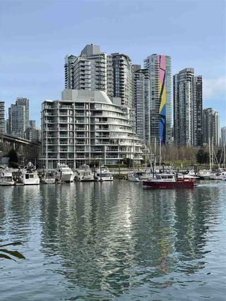 """Photo 31: 1001 628 KINGHORNE Mews in Vancouver: Yaletown Condo for sale in """"SILVER SEA"""" (Vancouver West)  : MLS®# R2510572"""