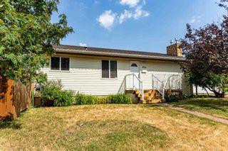 Photo 2: 1703 48 Street in Edmonton: Zone 29 House for sale : MLS®# E4253863