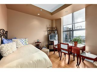 """Photo 12: 601 160 E 13TH Street in North Vancouver: Central Lonsdale Condo for sale in """"THE GRANDE"""" : MLS®# V1027451"""