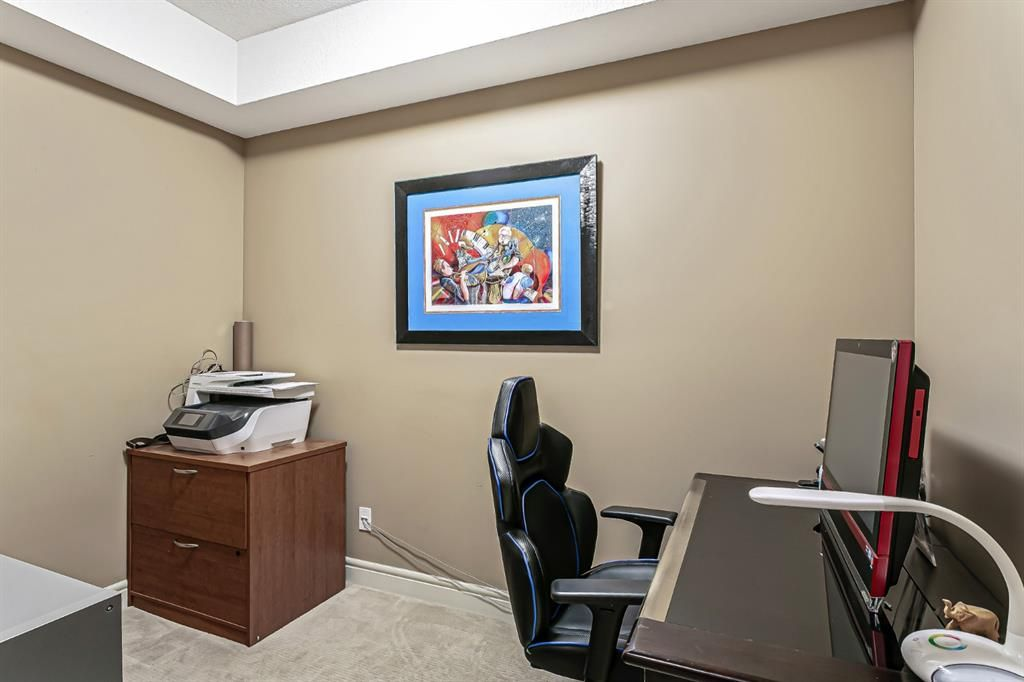 Photo 5: Photos: 1445 2330 FISH CREEK Boulevard SW in Calgary: Evergreen Apartment for sale : MLS®# A1082704