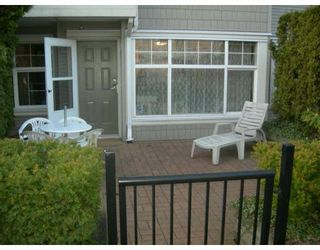 "Photo 6: 106 7038 21ST Avenue in Burnaby: Middlegate BS Townhouse for sale in ""THE ASHBURY"" (Burnaby South)  : MLS®# V631772"