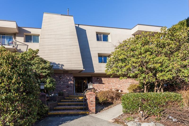 "Photo 2: Photos: 108 1429 MERKLIN Street: White Rock Condo for sale in ""Kensington Manor"" (South Surrey White Rock)  : MLS®# R2135668"