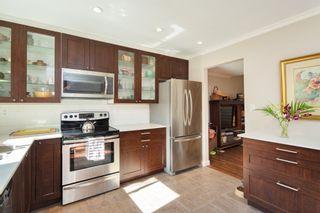"Photo 9: 4857 55B Street in Delta: Hawthorne Townhouse for sale in ""Chestnut Gardens"" (Ladner)  : MLS®# R2310613"