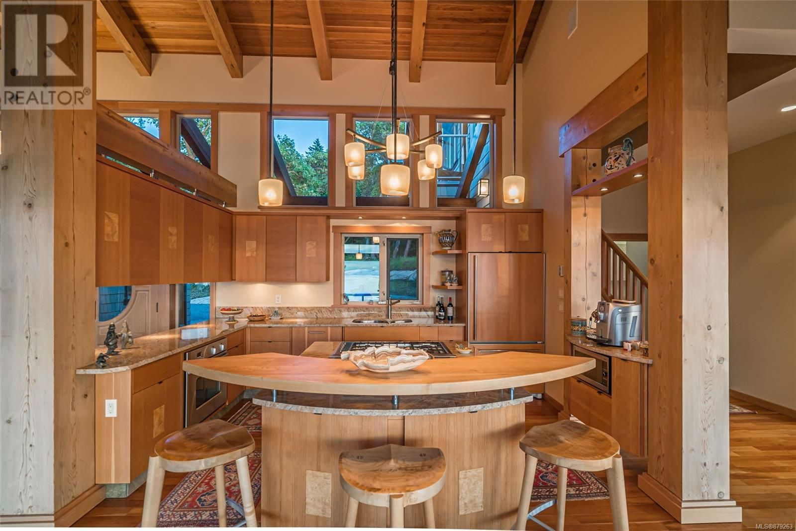 Photo 19: Photos: 825 Duthie Ave in Gabriola Island: House for sale : MLS®# 879263