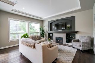 """Photo 13: 21071 78B Avenue in Langley: Willoughby Heights House for sale in """"Yorkson South"""" : MLS®# R2474012"""