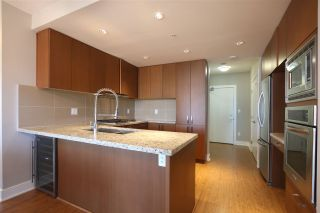 Photo 5: 1203 1155 THE HIGH STREET in Coquitlam: North Coquitlam Condo for sale : MLS®# R2064589