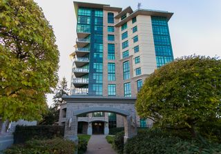 """Photo 1: 1102 14824 NORTH BLUFF Road: White Rock Condo for sale in """"BELAIRE"""" (South Surrey White Rock)  : MLS®# R2350476"""
