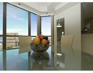 """Photo 3: PH 4 867 HAMILTON ST in Vancouver: Downtown VW Condo for sale in """"JARDINE'S LOOKOUT"""" (Vancouver West)  : MLS®# V601109"""