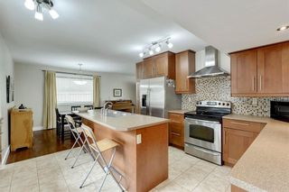 Photo 10: 7 WOODGREEN Crescent SW in Calgary: Woodlands Detached for sale : MLS®# C4245286