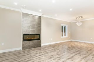 Photo 4: 5550 HALLEY Avenue in Burnaby: Central Park BS 1/2 Duplex for sale (Burnaby South)  : MLS®# R2234357