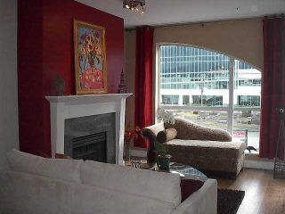 """Photo 2: PH17 511 W 7TH Avenue in Vancouver: Fairview VW Condo for sale in """"BEVERLY GARDENS"""" (Vancouver West)  : MLS®# V817089"""