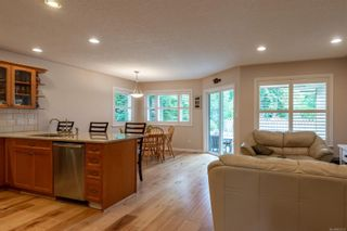 Photo 12: 196 Maryland Rd in : CR Willow Point House for sale (Campbell River)  : MLS®# 857231