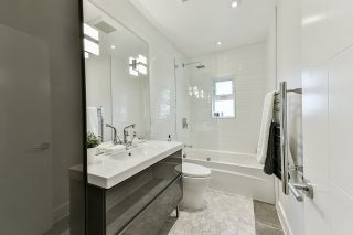 Photo 14: 905 SURREY Street in New Westminster: The Heights NW House for sale : MLS®# R2477837