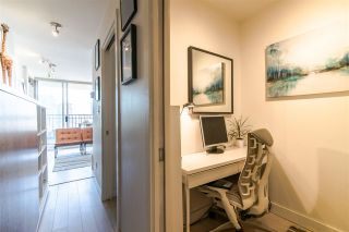 """Photo 7: 1207 989 RICHARDS Street in Vancouver: Downtown VW Condo for sale in """"MONDRIAN I"""" (Vancouver West)  : MLS®# R2373679"""