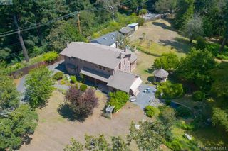 Photo 1: 4221 Glendenning Rd in VICTORIA: SE Blenkinsop House for sale (Saanich East)  : MLS®# 821064