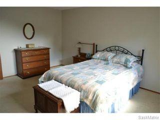 Photo 12: 707 Tobin Terrace in Saskatoon: Lawson Heights Single Family Dwelling for sale (Saskatoon Area 03)  : MLS®# 543284