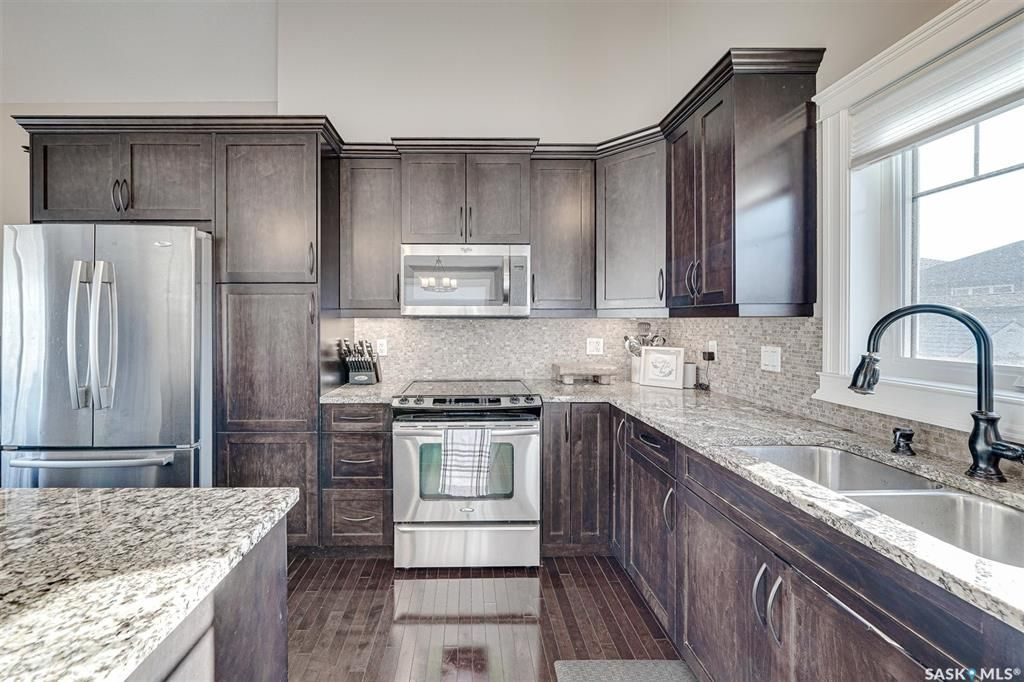 Photo 9: Photos: 602 Bennion Crescent in Saskatoon: Willowgrove Residential for sale : MLS®# SK849166
