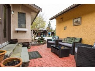 Photo 2: 5408 CRESCENT Drive in Delta: Hawthorne House for sale (Ladner)  : MLS®# R2573375