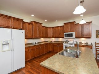 Photo 10: 9 737 ROYAL PLACE in COURTENAY: CV Crown Isle Row/Townhouse for sale (Comox Valley)  : MLS®# 826537