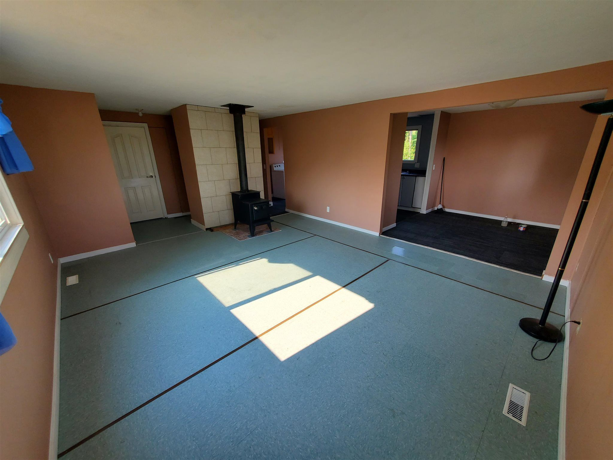 Photo 5: Photos: 2507 NORWOOD Road in Quesnel: Bouchie Lake Manufactured Home for sale (Quesnel (Zone 28))  : MLS®# R2606130