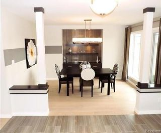 Photo 2: 23 Wainwright Crescent in Winnipeg: River Park South Residential for sale (2F)  : MLS®# 1729170