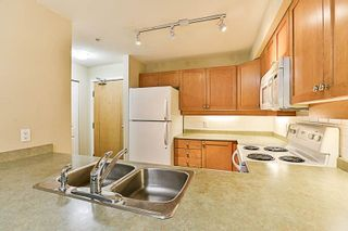 """Photo 7: 210 808 SANGSTER Place in New Westminster: The Heights NW Condo for sale in """"THE BROCKTON"""" : MLS®# R2213078"""