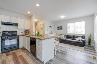 """Photo 8: 8 6568 193B Street in Surrey: Clayton Townhouse for sale in """"Belmont at Southlands"""" (Cloverdale)  : MLS®# R2573529"""