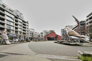 "Photo 13: 404 1625 MANITOBA Street in Vancouver: False Creek Condo for sale in ""SHORELINE @ THE VILLAGE ON FALSE CREEK"" (Vancouver West)  : MLS®# R2310552"