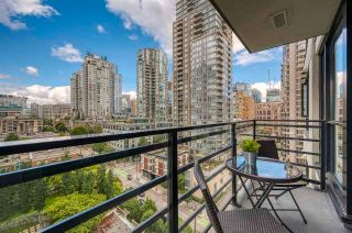 """Photo 16: 1308 909 MAINLAND Street in Vancouver: Yaletown Condo for sale in """"Yaletown Park 2"""" (Vancouver West)  : MLS®# R2590725"""