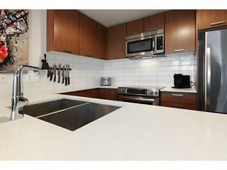 """Photo 6: 415 2321 SCOTIA Street in Vancouver: Mount Pleasant VE Condo for sale in """"SOCIAL"""" (Vancouver East)  : MLS®# V1121141"""
