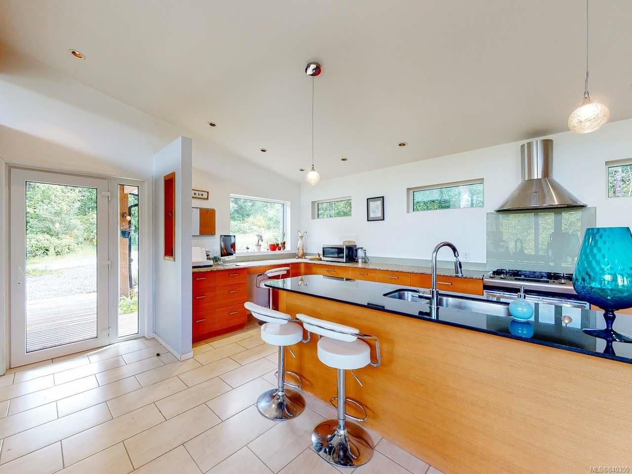 Photo 12: Photos: 1068 Helen Rd in UCLUELET: PA Ucluelet House for sale (Port Alberni)  : MLS®# 840350