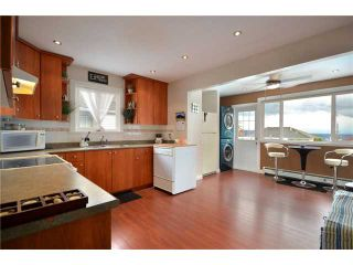 Photo 3: 338 E 6TH Avenue in New Westminster: The Heights NW House for sale : MLS®# V914175