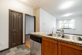 """Photo 6: 104 2511 KING GEORGE Boulevard in Surrey: King George Corridor Condo for sale in """"The Pacifica"""" (South Surrey White Rock)  : MLS®# R2617493"""