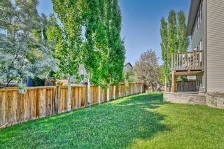 Photo 5: 36 Everhollow Crescent SW in Calgary: Evergreen Detached for sale : MLS®# A1125511
