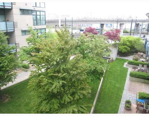"""Photo 2: Photos: 318 8988 HUDSON Street in Vancouver: Marpole Condo for sale in """"RETRO"""" (Vancouver West)  : MLS®# V764473"""