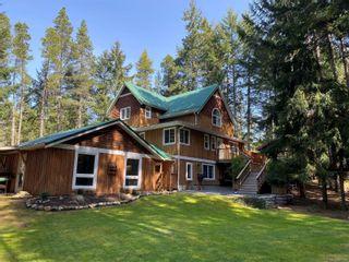 Photo 2: 829 Lazo Rd in : CV Comox Peninsula House for sale (Comox Valley)  : MLS®# 871428