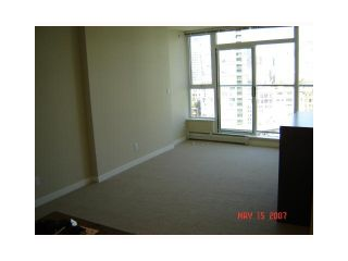 """Photo 5: 2206 58 KEEFER Place in Vancouver: Downtown VW Condo for sale in """"FRENZEI-DOWNTOWN"""" (Vancouver West)  : MLS®# V896555"""