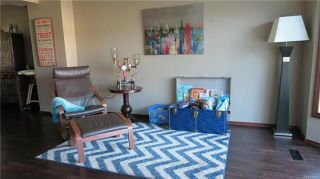 Photo 3: 48 Lanyon Drive in Winnipeg: River Park South Residential for sale (2F)  : MLS®# 1818062