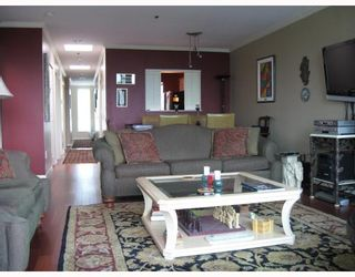 """Photo 3: 306 1318 W 6TH Avenue in Vancouver: Fairview VW Condo for sale in """"BIRCH GARDENS"""" (Vancouver West)  : MLS®# V764182"""