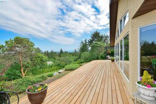 Photo 4: 1716 Woodsend Dr in VICTORIA: SW Granville House for sale (Saanich West)  : MLS®# 805881