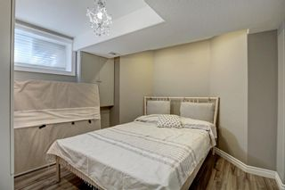 Photo 34: 30 Simcrest Manor SW in Calgary: Signal Hill Detached for sale : MLS®# A1146154