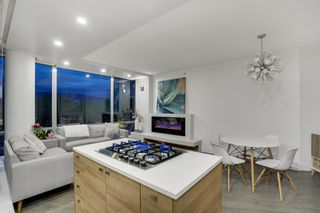 """Photo 10: 304 1228 W HASTINGS Street in Vancouver: Coal Harbour Condo for sale in """"Palladio"""" (Vancouver West)  : MLS®# R2594596"""