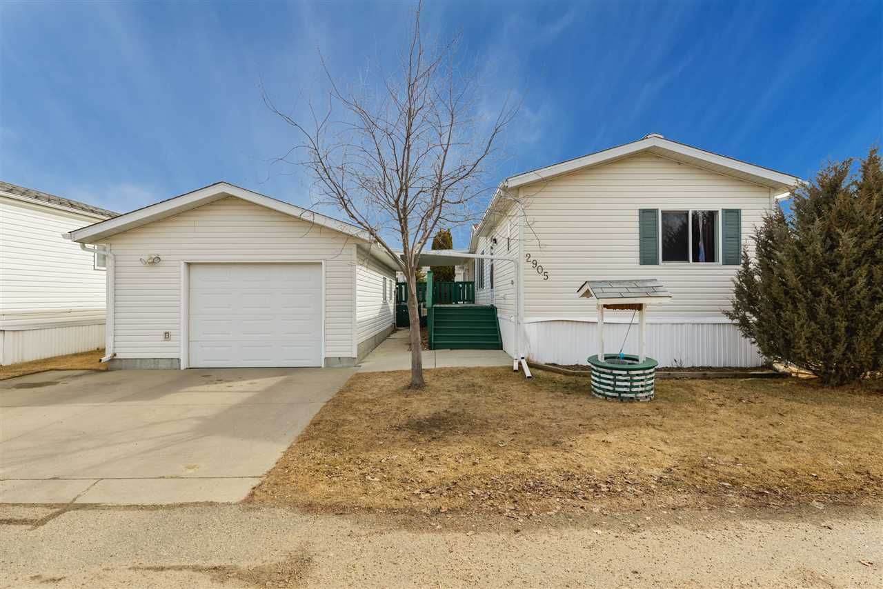 Main Photo: 2905 Lakewood Drive in Edmonton: Zone 59 Mobile for sale : MLS®# E4236634